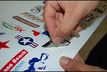 stampa-e-taglio-adesivi